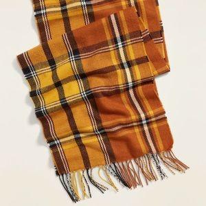 🐣Fall orange and brown plaid scarf🐣